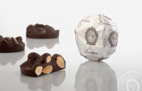 "Picture of Laurence Chocolate Treats Chocolate -""Anomalo"" With Almonds 100gr"